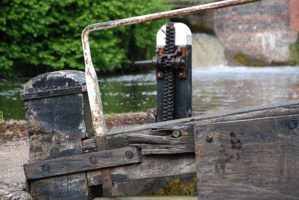 Narrow Canals (9)