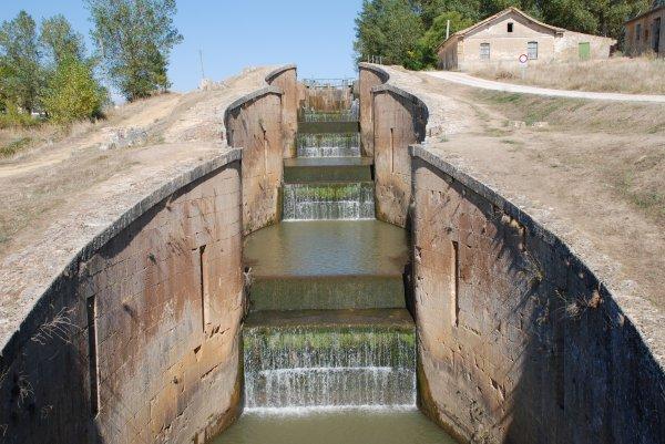 Pagina 4 - Canal de Castilla