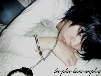 Cosplayeuse : Yujuly  Manga : Death note Personnage : L
