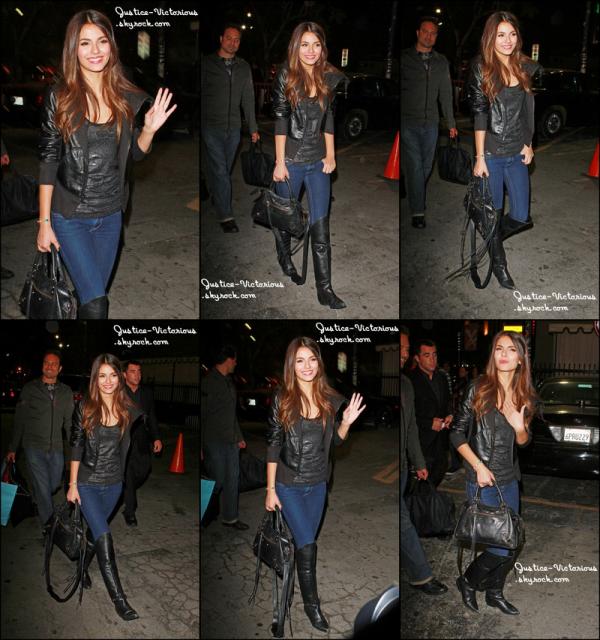 Victoria Justice a été repéré à l'extérieur du Théâtre Avalon à Los Angeles la nuit dernière (26 mai).
