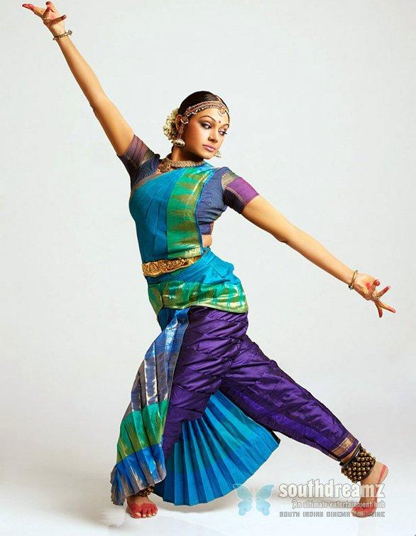 Radika @ Actress Shobana's Krishna Show + Chellamae Promo