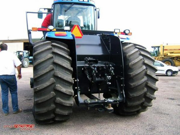 nouveau new holland