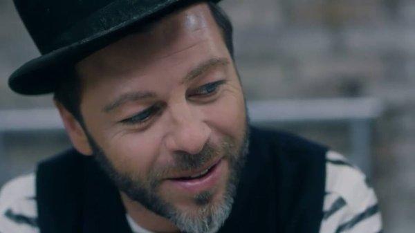 photo du nouveaux clip de Christophe mae ( Marcel )