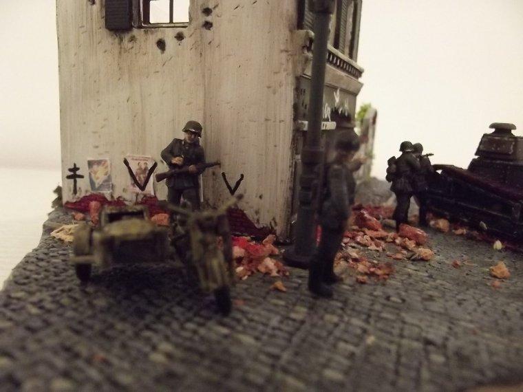 """Diorama au 1/72 et 1/76 """" Paris brule t'il """" part II"""