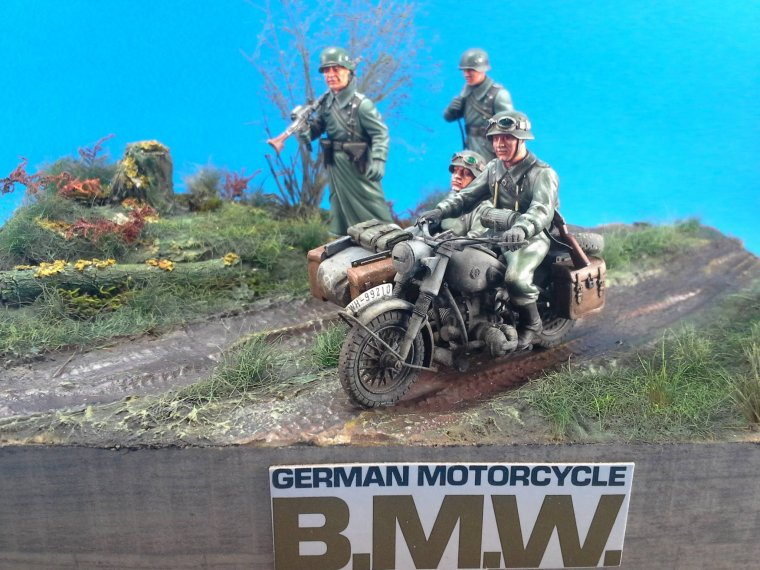 Side car allemand 1/35 TAMIYA de Christophe