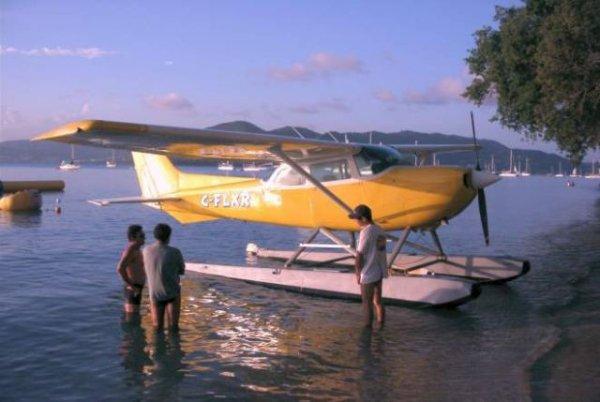 Avions > Hydravions