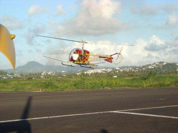 Crash > Bell 47 Hélicoptère