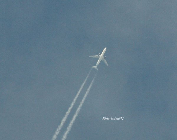 Photos > Contrails !
