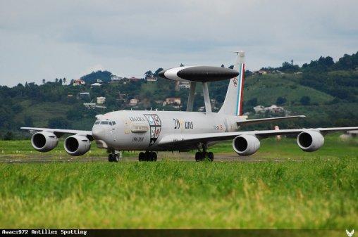 Salon Aéronautique Martinique > Boeing 707 {Awacs}