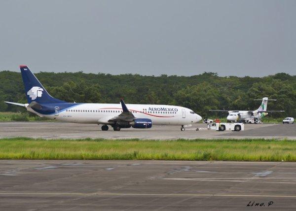 Photos > Aeromexico > Guadeloupe 2011