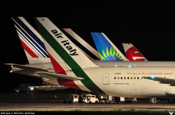 Trafic Aérien  Décembre 2011 à Avril 2012 / Guadeloupe