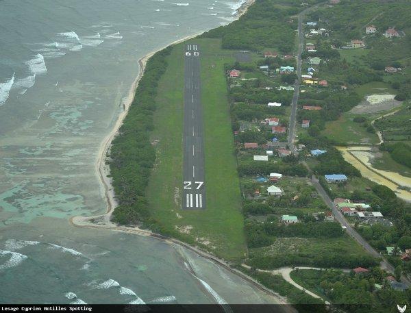 QuiZz . 2 ! > Quel est cet aéroport ?