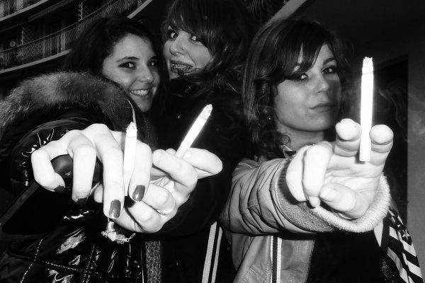 Camille , Eva & Caroline <3
