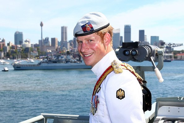 Le prince Harry assiste à la revue navale internationale 2013 (part 2)