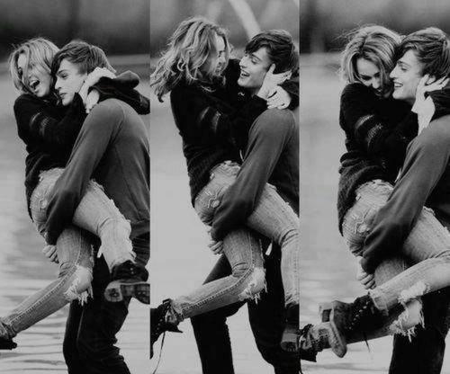 """""""Je suis tombée amoureuse comme on s'endort. Lentement, puis tout d'un coup."""""""