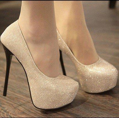 Je kiff mes pied et j'adore mes chaussure :D ♥♥