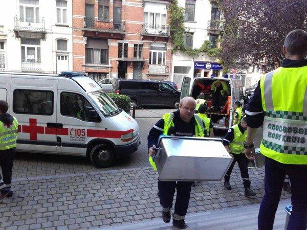 merci au ambulancier qui prennent des risque