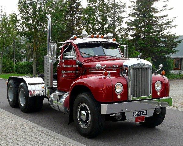 Mack Trucks B61 Models : Mack b wijers vortum mullem the netherlands american