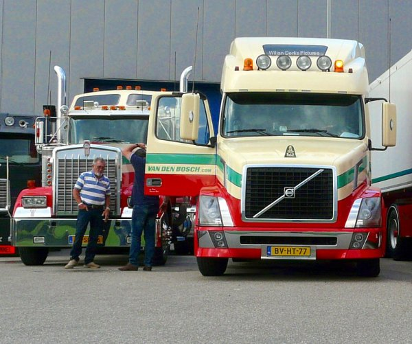 Kenworth W900 Van den Bosch and driver Cees (R.I.P.)