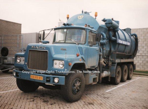Mack DM600 Kroon Urmond, The Netherlands