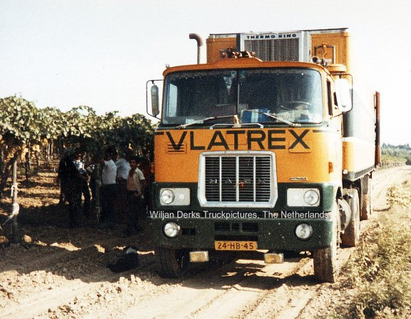 Mack F700 Vlatrex Vlaardingen, The Netherlands