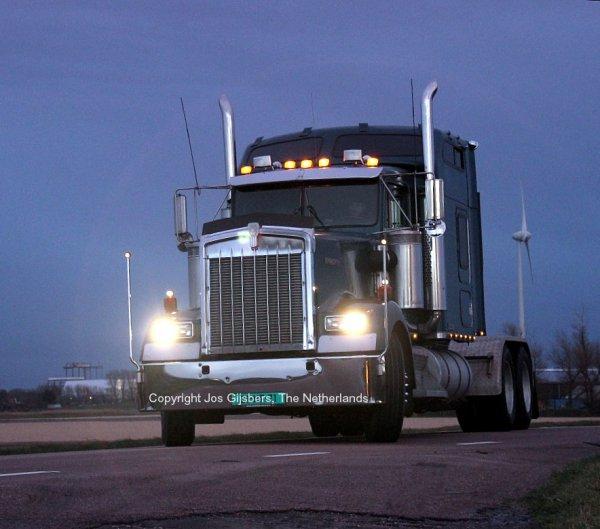 Kenworth W900 De Wit US Trucks, Callantsoog, The Netherlands