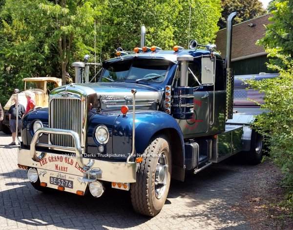 Mack B61 Integral Sleeper Hoek, 't Goy, The Netherlands