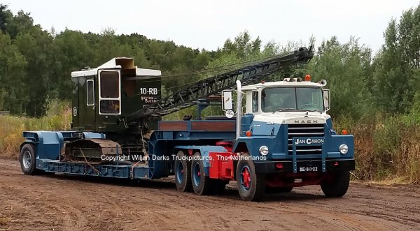 Mack DM600 Caron, The Netherlands