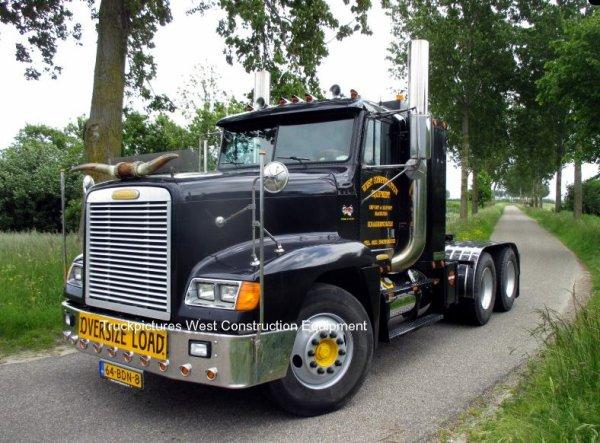 Freightliner FLD120 Weststrate, Krabbendijke, The Netherlands