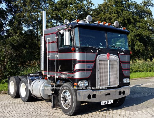Kenworth K100 Paul Leek at Mackday 2015