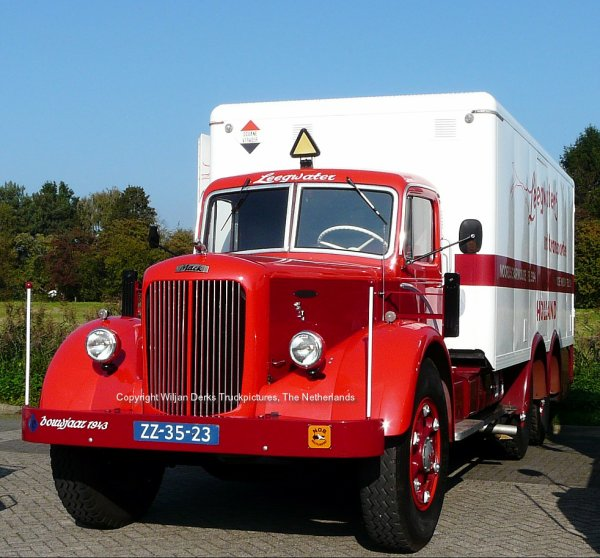 Mack NR Leegwater, Noord Scharwoude, The Netherlands at Mackday 2015