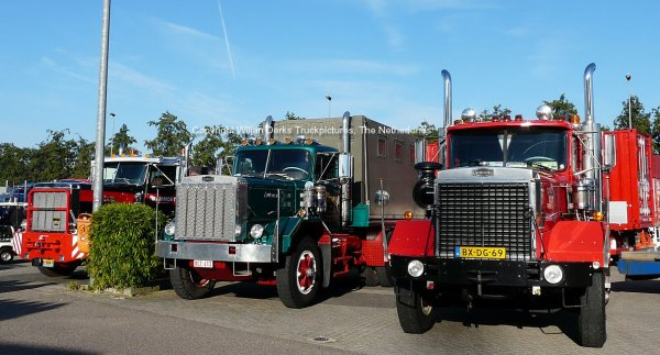 3 Autocar DC10364 trucks in row at the Mackday 2015