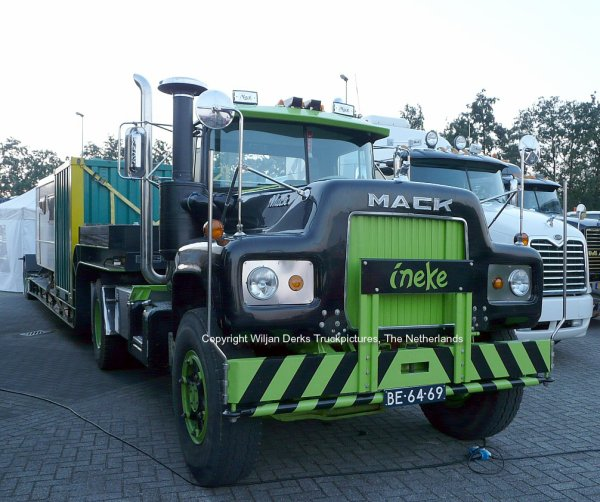 Mack R600 Hendriks, Steijl at Mackday 2015