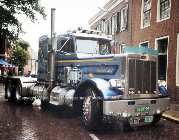 Peterbilt 359 Van Tiel, Schiedam, The Netherlands