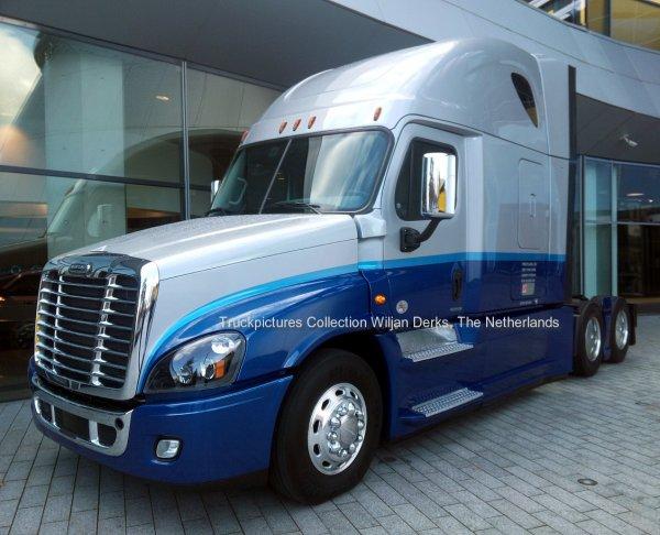 Freightliner Cascadia Evolution, Daimler Stuttgart, Germany