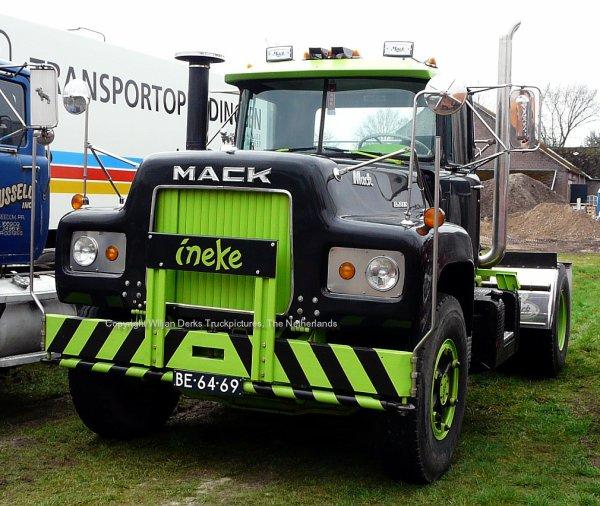Mack R600 Hendriks, Steijl, The Netherlands