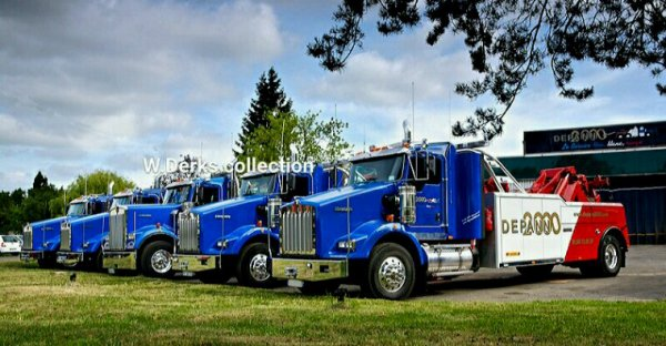 Kenworth line up at Depannage 2000 in France