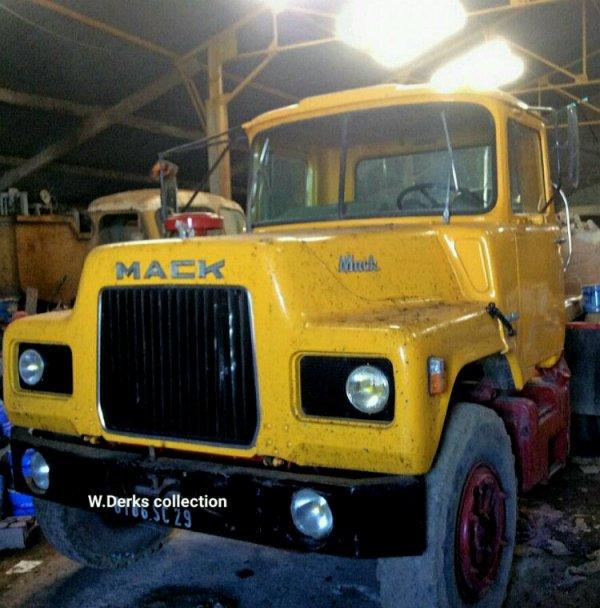 Mack DM600 France