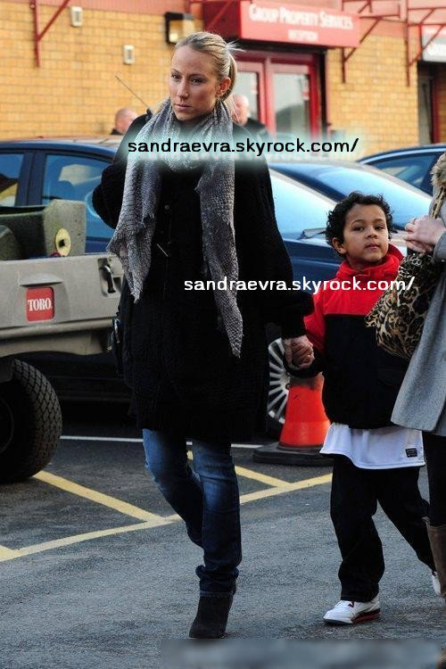Sandra & Lenny arrivent Old Old Trafford le 12/02/11