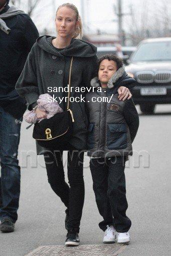 Sandra & Lenny arrivent a Old Trafford le 22 mars 2011