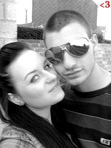 Ne me laisse jamais ,. Car J'ai besoin de toi comme mon coeur a besoin d'un battement (ll)  Ton Amour Élumine Mon Coeur :'$ Je t' àiiiiiiiiiiiiiiimee pour la viie :) Tcé Biiien Mon Coeurr (L)   26 NOVEMBRE 2007.  ...