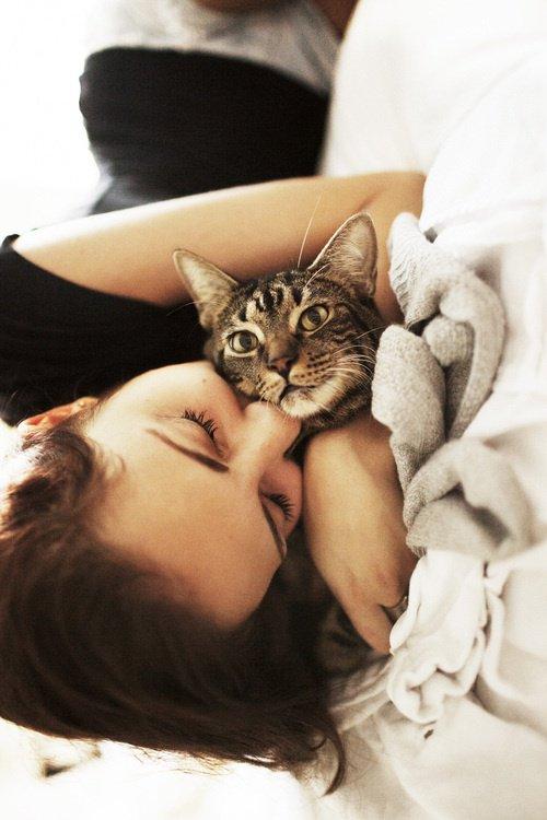 Je t'aime plus qu'hier mais moin que demain.
