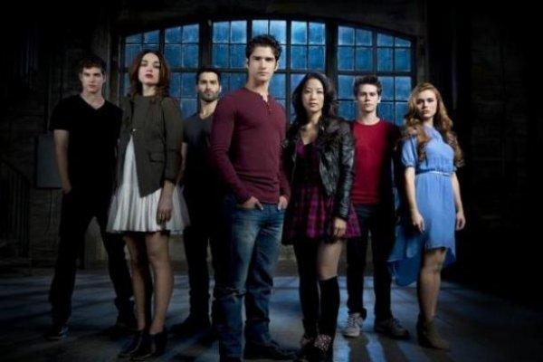 Teen Wolf saison 3 : Nouvelle photo promo avec Allison, Scott et Stiles !