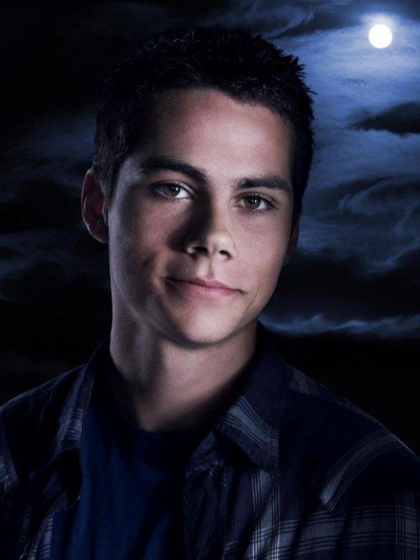Teen Wolf saison 3 : La mère de Dylan O'Brien (Stiles) le félicite sur Twitter !