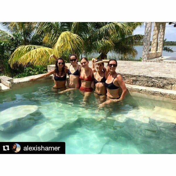 Voici quelques photos de Phoebe Tonkin à Mexico avec ses amis datant de la semaine passée