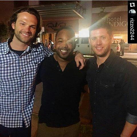 Jared et Jensen étaient avec des fans à Pat Green Show à Stubb's à Austin, samedi soir