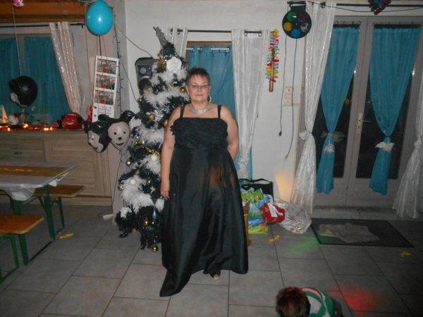 Ma femme au reveillon de Noel 2013