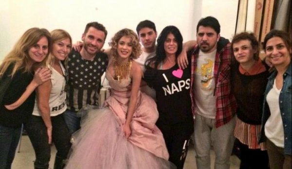 MARTINA STOESSEL EN MODE MADONNA POUR UN SHOOTING POUR SUSANA MAGAZINE PHOTO