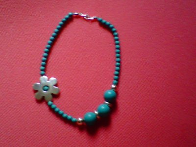 Collier ...