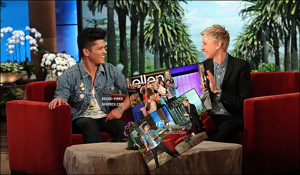 11/02/14 : Bruno a été aperçus avec sa femme Jessica après avoir fait quelques petites courses à Los Angeles !     • J'aime beaucoup sa tenue, je suis complètement fan de sa veste et le reste de la tenue qui pour moi est un top, Le couple est si mignon.